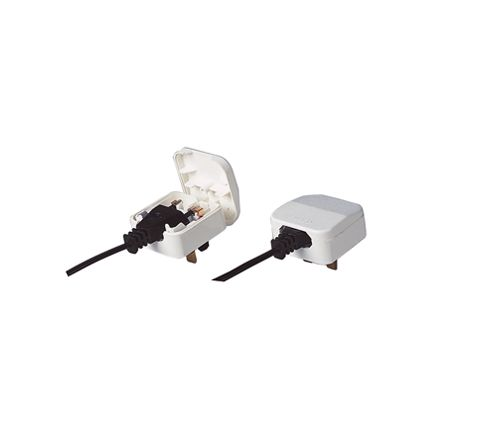 3A Euro Converter Plug Which Converts 2 Pole Euro Plug To 3 Pin UK Plug.